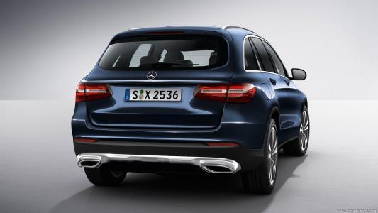 Mercedes Benz X253 GLC image 2